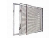 Метален прозорец